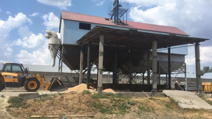 В Волгоградской области погиб юноша, погребенный 14 тоннами пшеницы