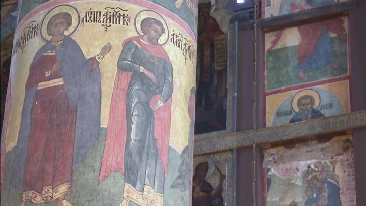 В Успенском соборе Московского Кремля обнаружены скрытые фрески