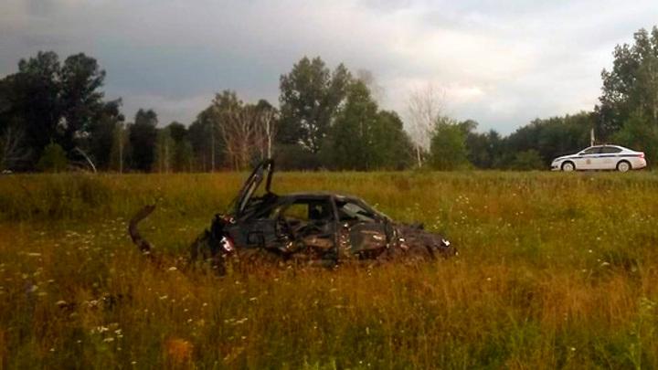Съехал в кювет и перевернулся: под Красноярском в аварии погибли 3 человека