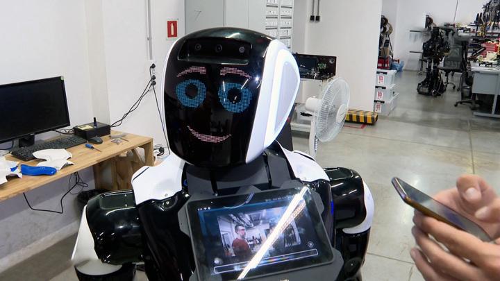 Треть россиян готова отдать работу роботам