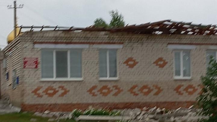Ураган сорвал несколько крыш в селе под Сызранью