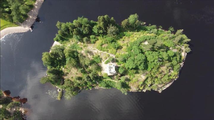 """""""Место тайн и сокровищ"""": археологи впервые исследуют """"остров Мертвых"""" в музее-заповеднике Монрепо"""