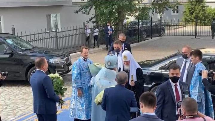 Начался чин освящения Собора Казанской иконы Божией Матери