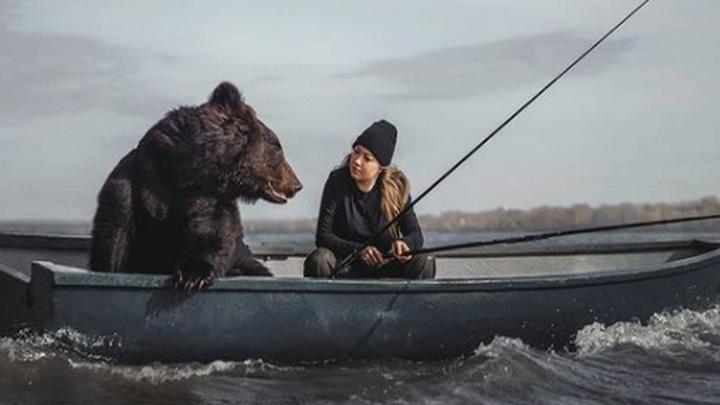 Британская газета выдумала историю о жизни сибирячки с медведем