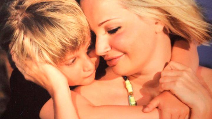 Мария Максакова с сыном. Фото: instagram.com/mariamaksakova