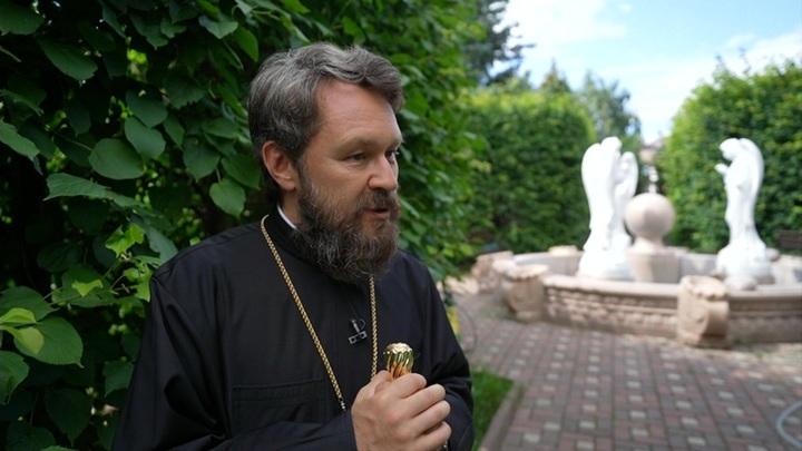 Патриарх Кирилл наградил митрополита Илариона орденом Радонежского