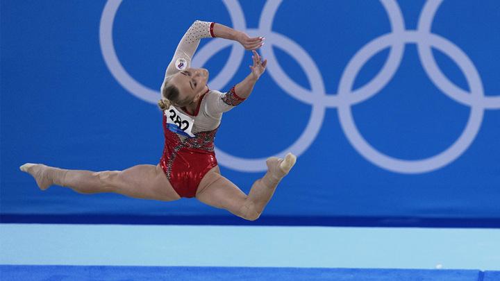 Российские гимнастки лидируют в командном турнире Игр-2020