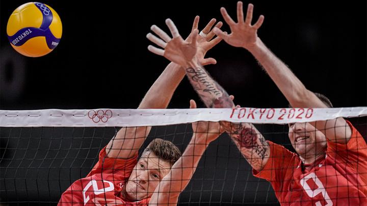 Российские волейболисты потерпели первое поражение на Олимпиаде