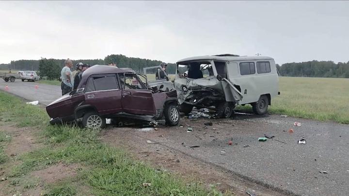 В Омской области возбудили уголовное дело по факту ДТП с четырьмя погибшими