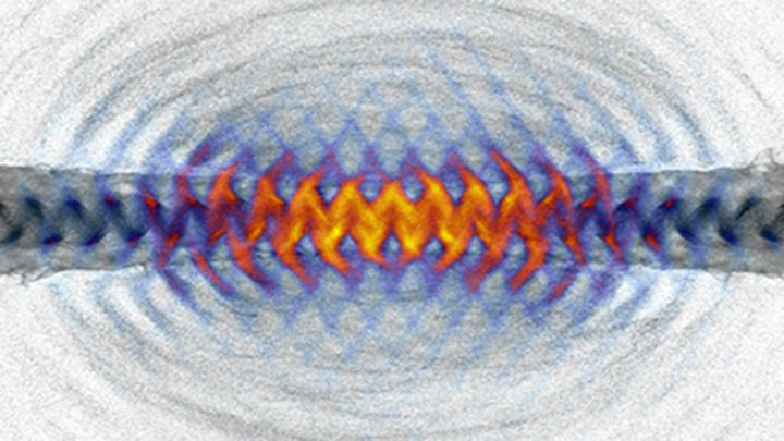 Ученые нашли способ не летать к нейтронным звездам, а создавать их прямо на Земле.