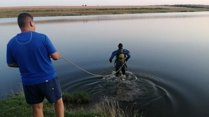 Тело на глубине трех метров: в Орловской области утонул дайвер