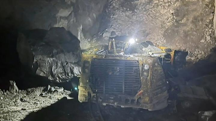 На норильском руднике рабочего завалило куском горной породы