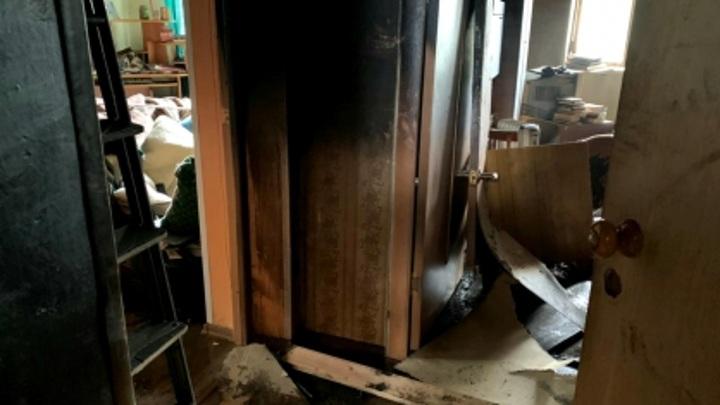 В Мурманске после пожара в многоквартирном доме нашли погибшую женщину