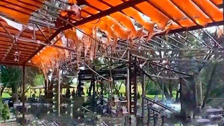 Посетители сожгли кафе из-за ссоры с официантом
