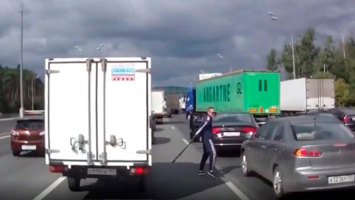 Драка, стрельба, уголовное дело: до чего доводят конфликты на дорогах