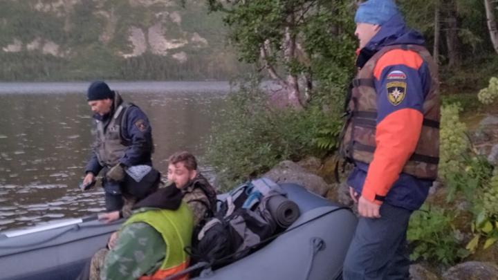 Рейнджеры спасли раненного топором туриста в Мурманской области