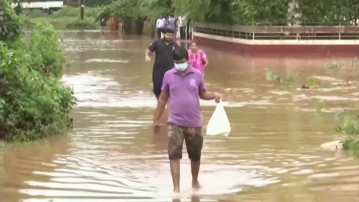 16 человек погибли и более 30 пострадали в результате ливней в Индии