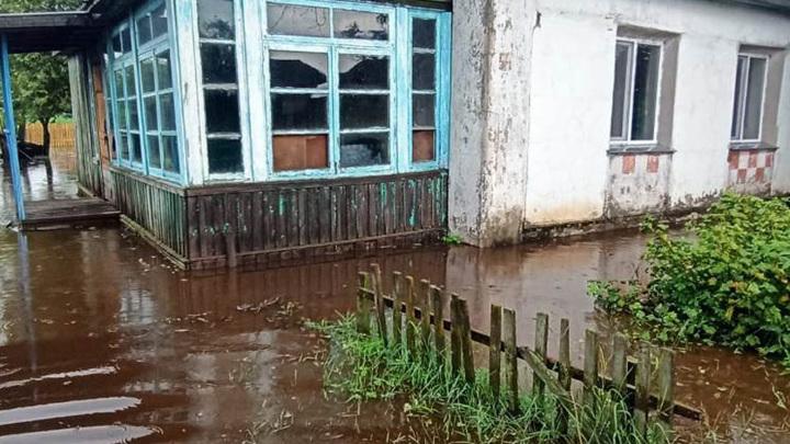 Амурские села постепенно освобождаются от воды