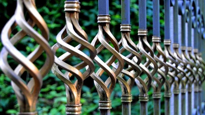 Липчанин похитил с кладбища металлическую ограду