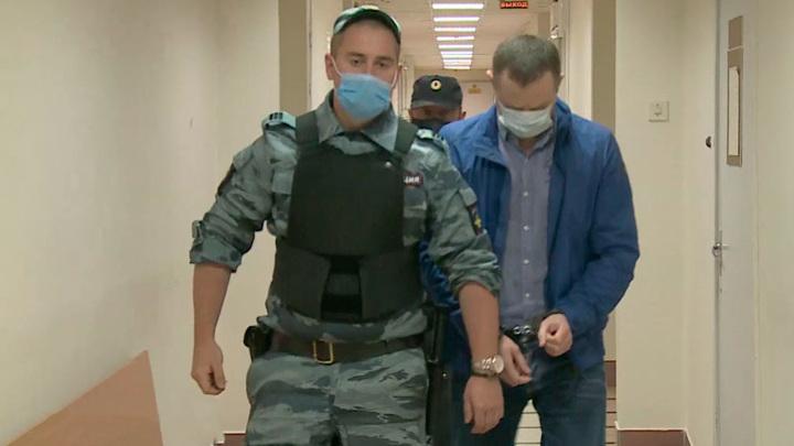 Вести. Суд продлил срок содержания под стражей экс-председателю Петросовета