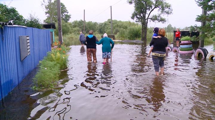 В Амурской области началась эвакуация людей, пострадавших от потопа