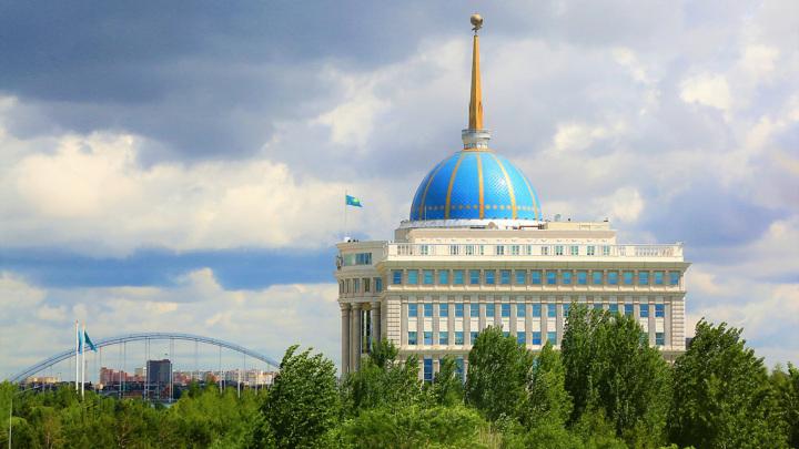 Казахстан изучает вопрос введения внутреннего углеродного налога