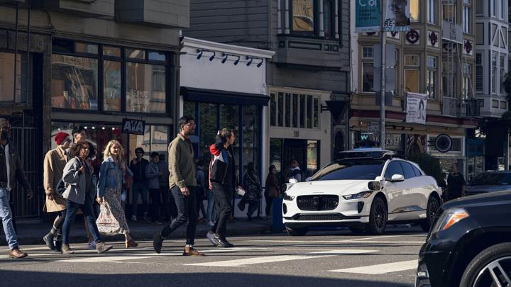 Waymo запустила роботакси в Сан-Франциско