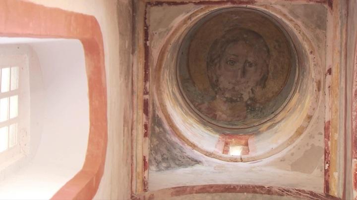 Фрескам Спасо-Преображенской церкви в Больших Вязёмах срочно требуется реставрация