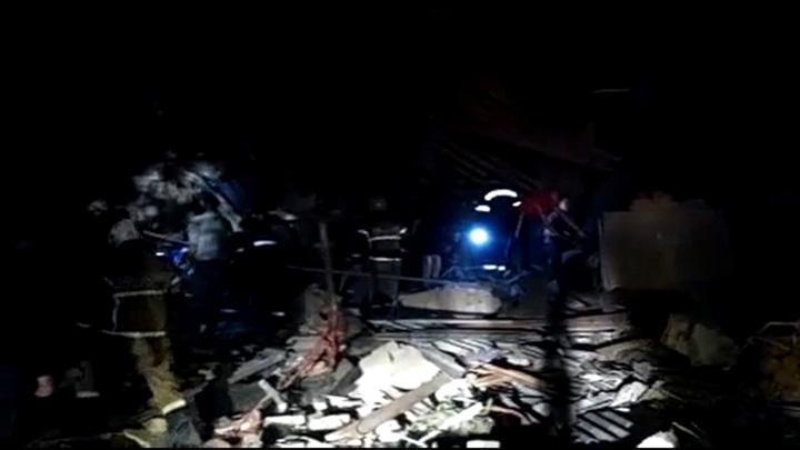 Из-под завалов после взрыва в Ельце извлекли первую жертву