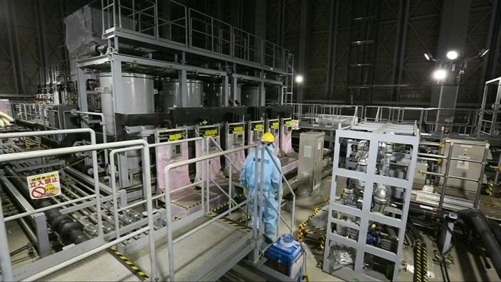 """В Японии опасаются утечки с """"Фукусимы-1"""""""