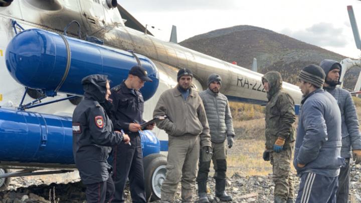 На Колыме полицейские обнаружили иностранцев в заброшенной шахте