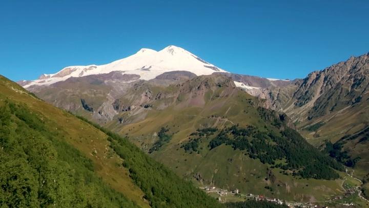 На Эльбрусе погибли трое из 19 альпинистов, попавших в непогоду