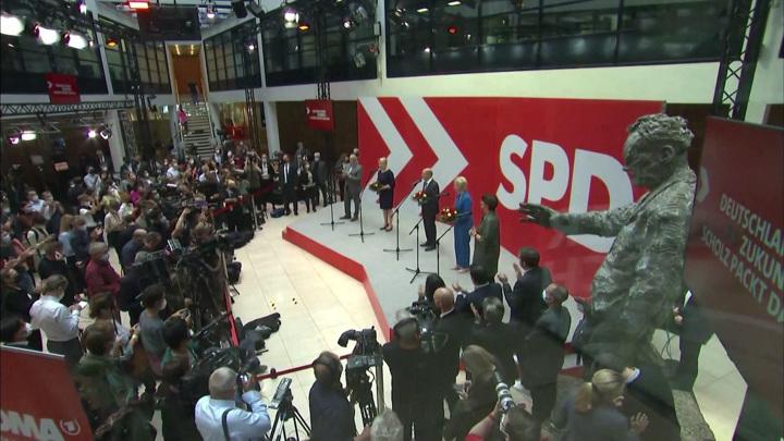 Впервые за 64 года в Германии могут сформировать трехпартийную коалицию