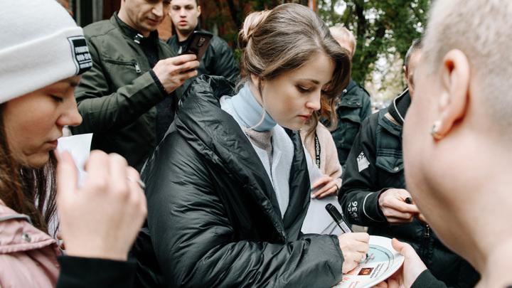 """Кадр со съемок фильма """"Свадебный марш"""""""
