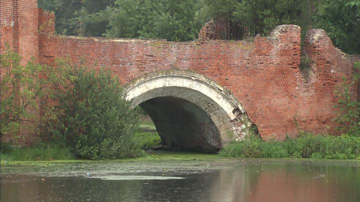 Судьба готического Каменного моста в Марфино под вопросом