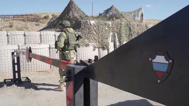 Как российские военные сохраняют мир в Карабахе