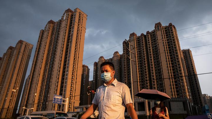 В Гонконге приостановлена торговля акциями крупнейшего китайского девелопера