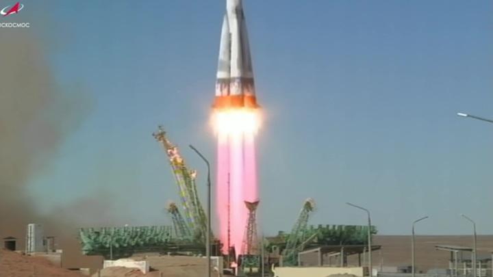 """Корабль """"Союз МС-19"""" с киноэкипажем выведен на орбиту"""