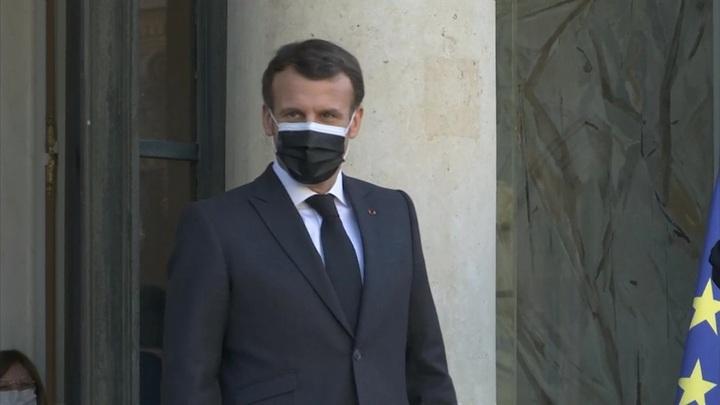 Во Франции мужчина прошел в больницу , предъявив QR-код Эммануэля Макрона