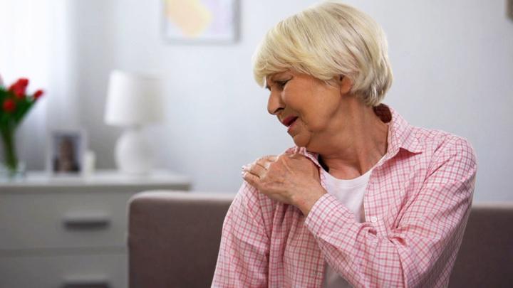 Осенняя боль в суставах: как ее облегчить