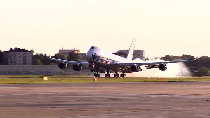 Прямые зимние авиарейсы запустят с Ямала в Сочи