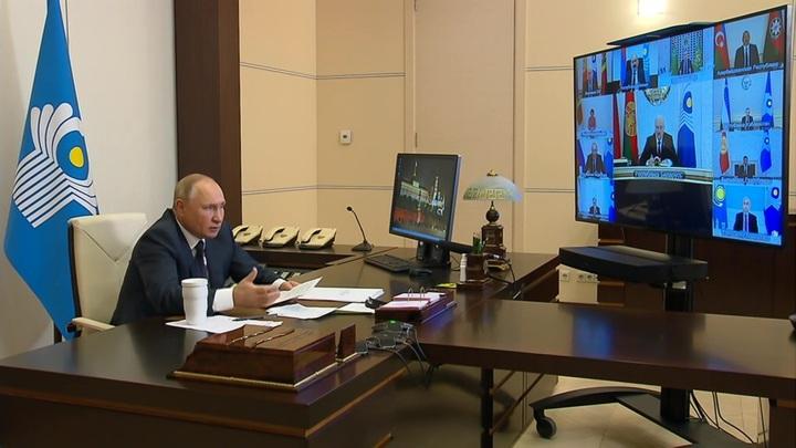 Путин высказался о том, как нужно работать с талибами