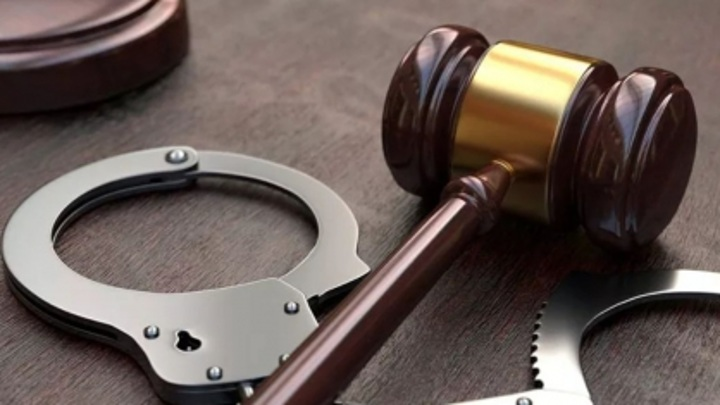 В Твери адвокат 17 лет работал с поддельным дипломом