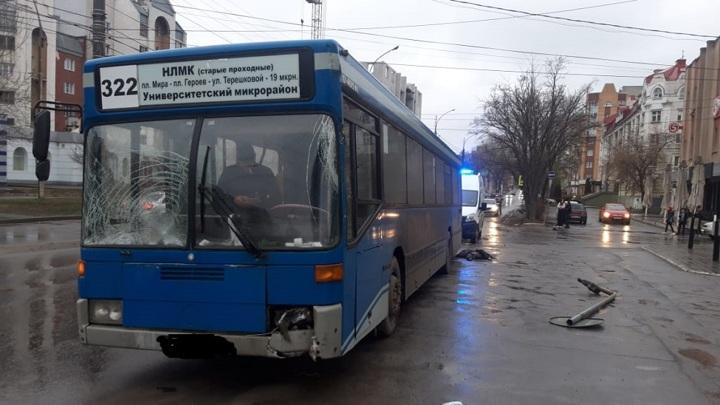 Мать просит отпустить водителя автобуса, сбившего насмерть ее 13-летнего сына в Липецке