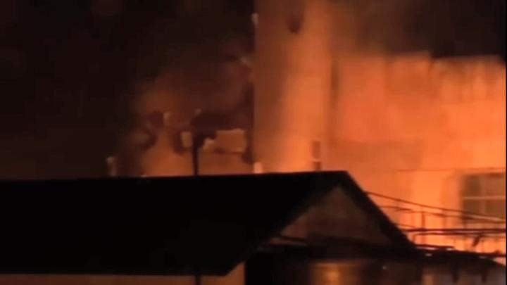 В Дербенте горел знаменитый винно-коньячный комбинат