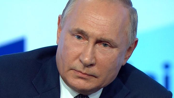 Путин поручил кабмину до 15 ноября доложить об увеличении объёмов ПЦР и вакцинации