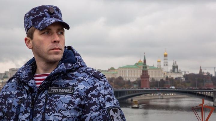 Житель Калининграда едва не утонул в Москве, спасая паспорт