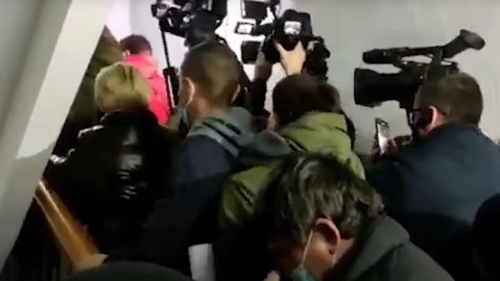 Протестующие против новых тарифов житомирцы ворвались в здание горгаза