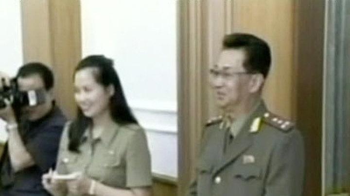 Ким Чен Ын публично казнил свою бывшую любовницу