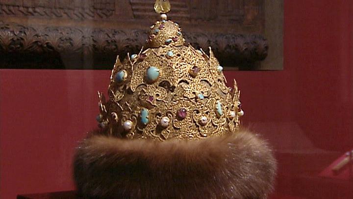 Высокая мода российских правителей на выставке в Кремле
